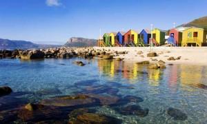 Afrika'da renkli evler