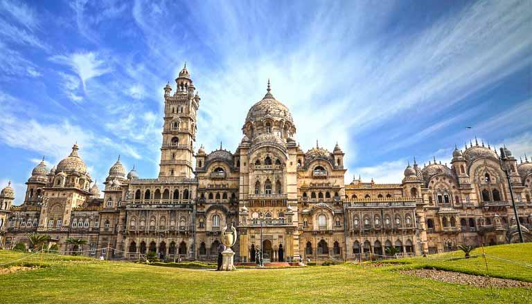 Gerçeküstü Güzelliğe Sahip 12 Hindistan Sarayı
