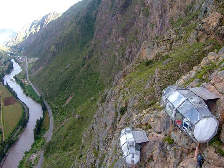 dağ yamacında otel