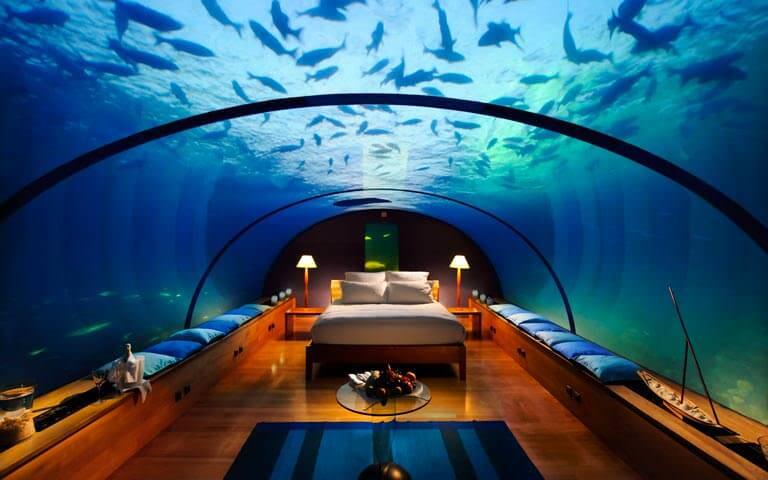 denizin altında otel