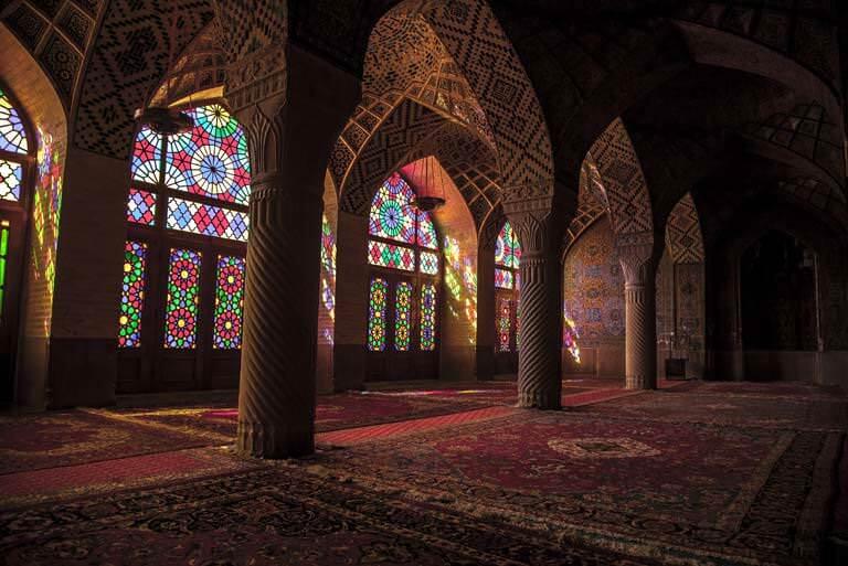 camii içi
