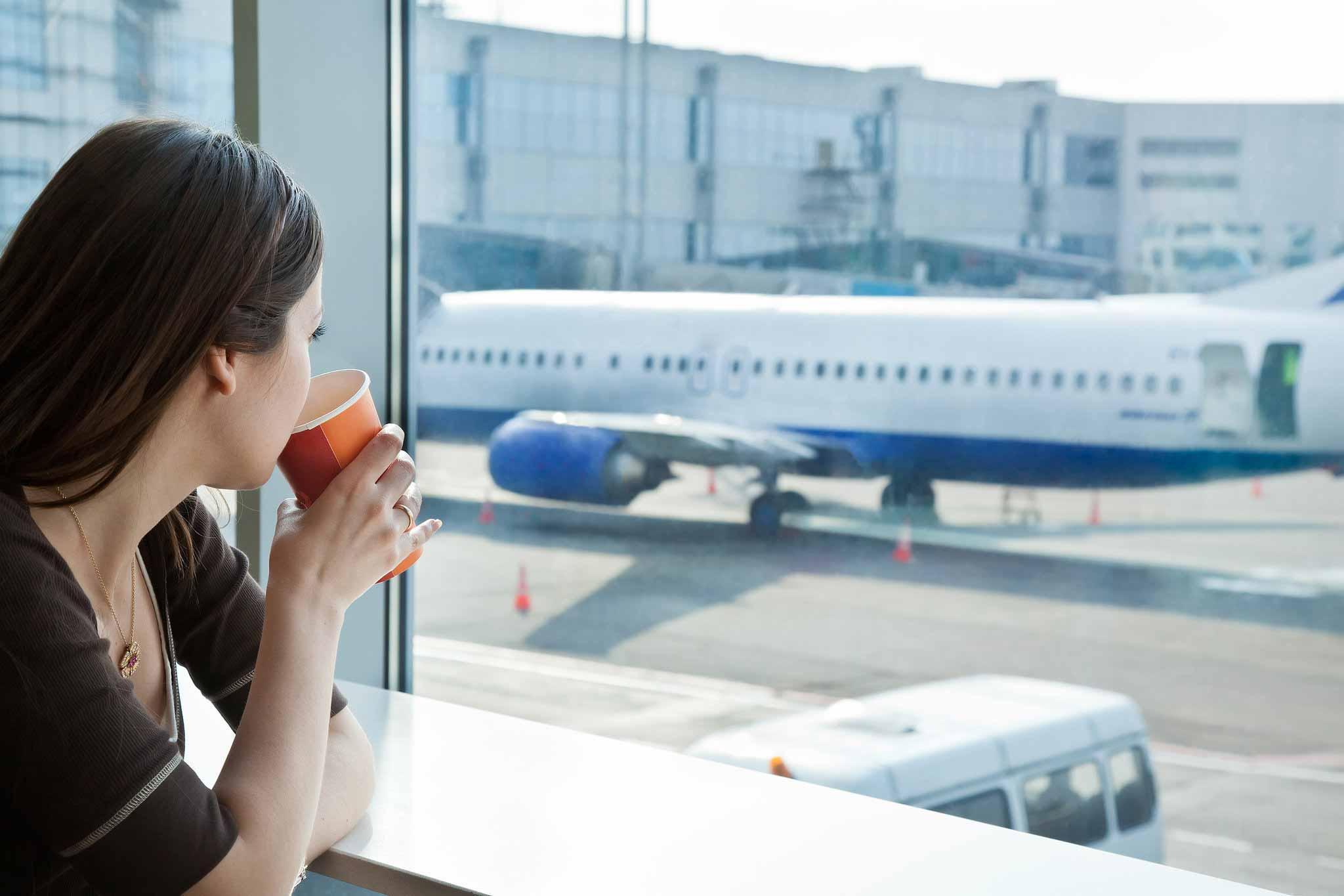 Uçakta Atıştırmalık En İyi 5 Yiyecek