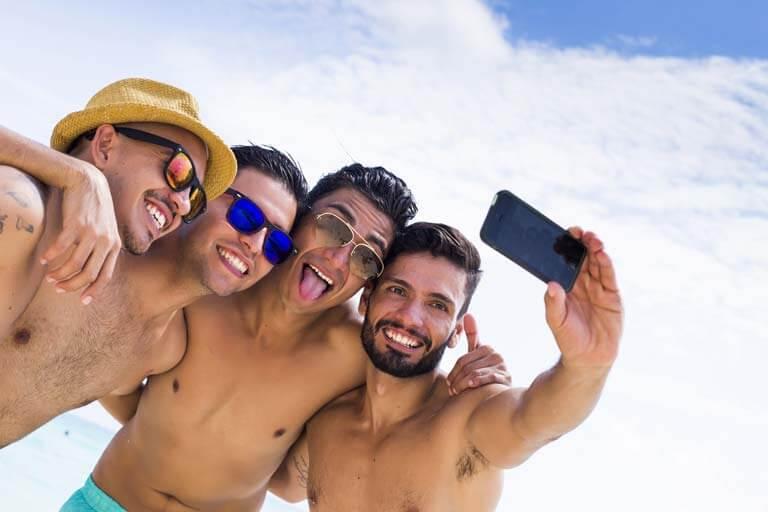 Erkek Erkeğe Tatile Çıkmadan Önce Yapılması Gerekenler