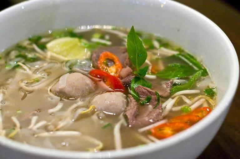 Dünyanın En İlginç Yemeklerinin Olduğu Yer: Vietnam Mutfağı | Gezbeğen